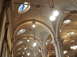 中之島公会堂のステンドグラス