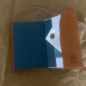 K68petit usineさんのハードカバー単行本と文庫本カバー