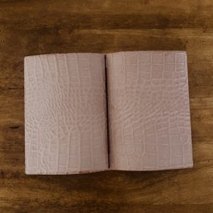 クロコ型押し皮革ノートカバー